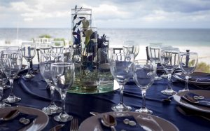 navy-blue-tablescape