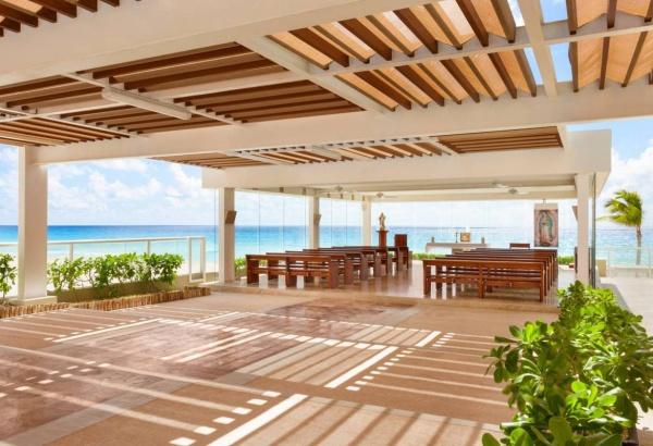 Capillas en la riviera maya, Gran Caribe Real Cancun