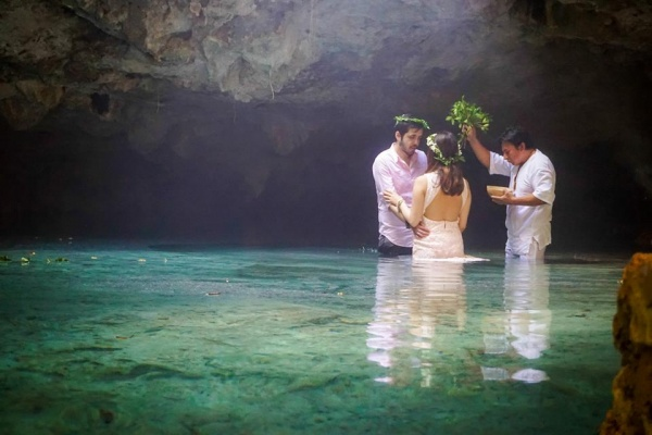 Mayan wedding in Cenote Riviera Maya