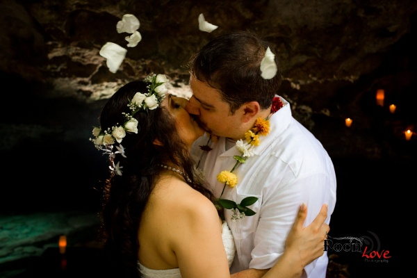 Mayan wedding at cenote Tulum