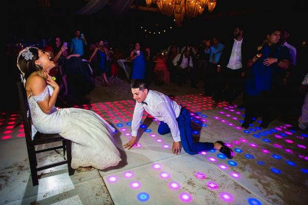 garter dance punta venado venue