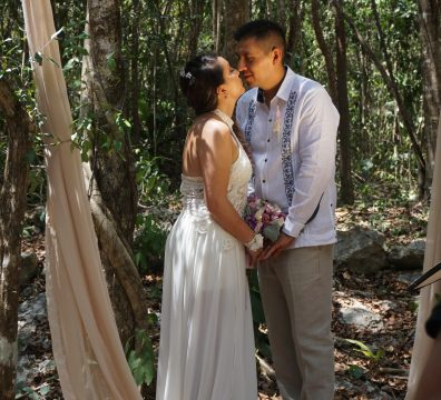 Mayan wedding in Cenote Playa del Carmen