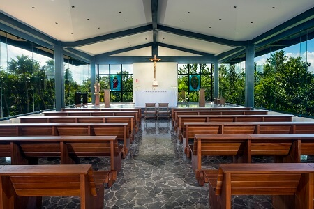 Atelier-and-Estudio-Catholic-Chapel2