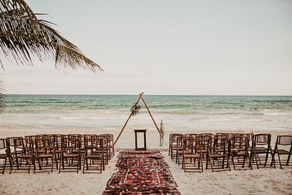 Boho minimalistic wedding Akiin Tulum